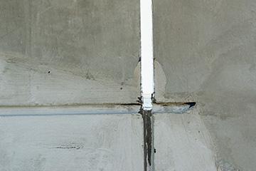 サイディング外壁にあるコーキング材の劣化